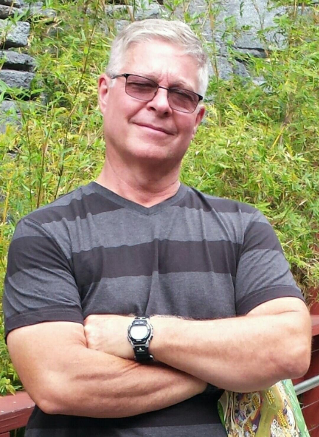 Darrell Holcombe